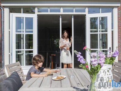 Aanblik Wormerveer - Kunststof kozijnen - horren in kunststof ramen